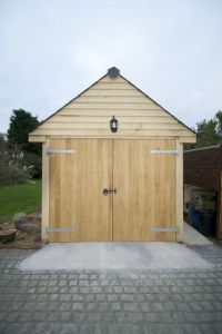 Oak Garage photo 1