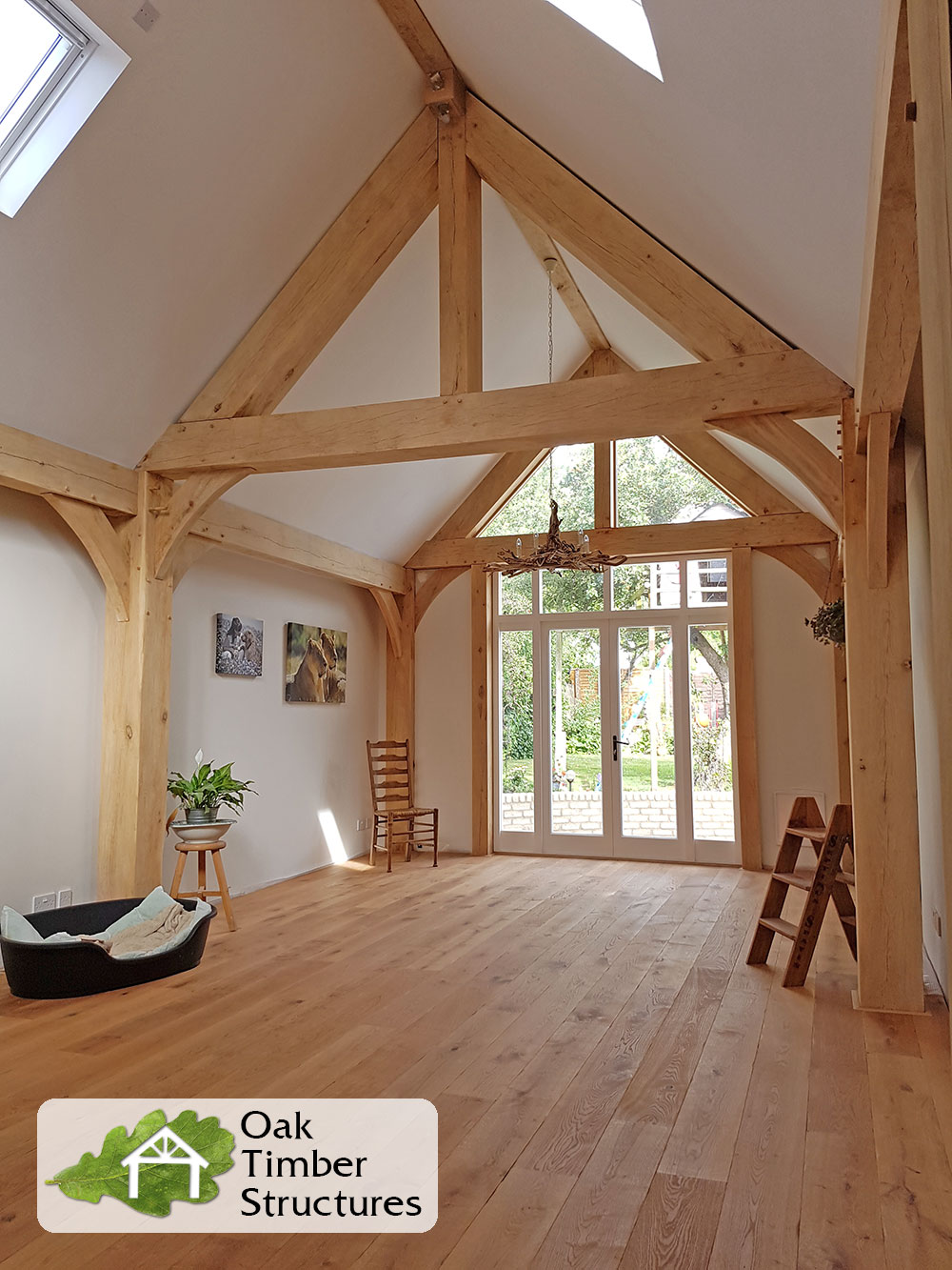 Truss Photo Gallery - Oak Timber Structures